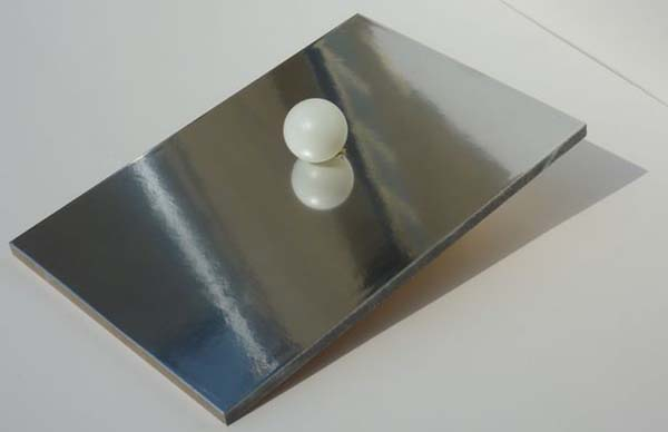 peinture effet chrome pour surfaces en m tal argent avec effet mirroir. Black Bedroom Furniture Sets. Home Design Ideas